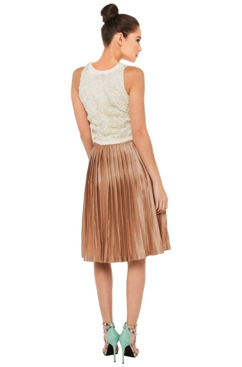 Foreign Label Stripe Knit Skirt In 2 Colors 1 black label fairytale pleated midi gold skirt in