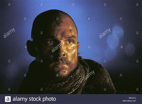 reign of fire 2002 the top 20 sci fi films of the matthew mcconaughey reign of fire 2002 stock photo