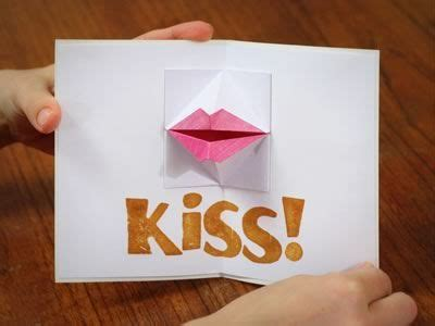 kiss lips tutorial kissing lips origami valentine card has a tutorial and