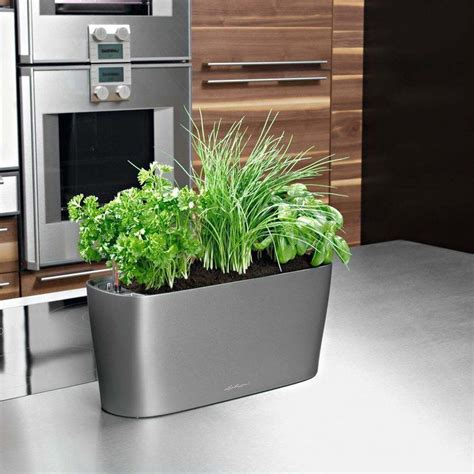 Self Water Planter by Self Watering Planter 187 Gadget Flow