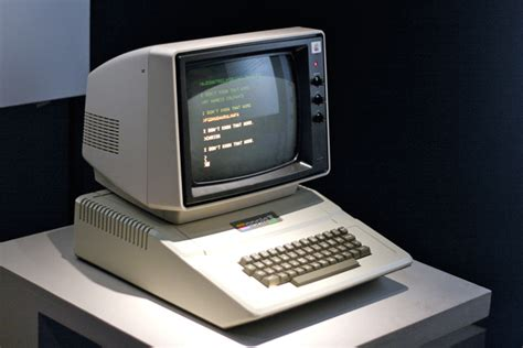 Laptop Apple Lama the decades that invented the future part 8 1971 1980 wired