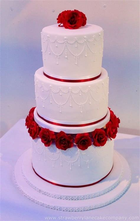 Robin 3 Tier Piped Wedding 17 Best Ideas About Tiered Wedding Cakes On