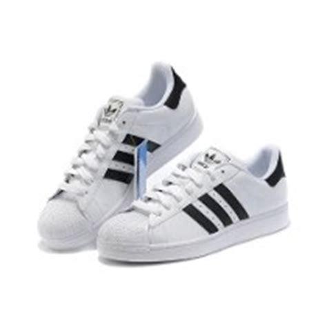 Imagenes De Los Zapatos Adidas Nuevos | im 225 genes de zapatos adidas im 225 genes