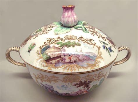 M Porcelain vincennes porcelain