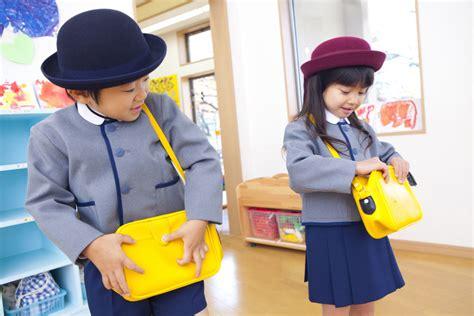Merk Lipstik Untuk Anak Sekolah tips memilih tas sekolah yang sehat untuk anak julianum net