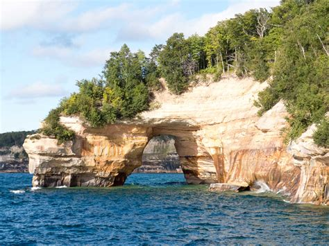 pictured rocks boat tours grand marais lake superior circle tour day 6 images halfway round