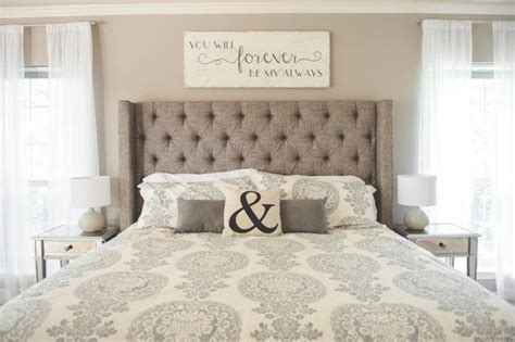 over headboard decor 25 beste idee 235 n over above headboard decor op pinterest