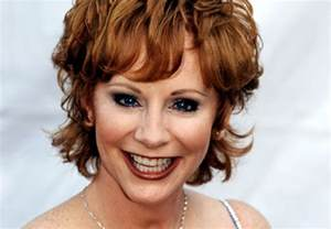 pics of reba mcintyre in pixie hair style 1000 images about 2000 the beginning on pinterest