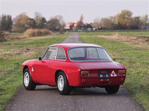 Alfa Romeo Giulia Sprint by Pristine 1965 Alfa Romeo Giulia Sprint Gta Is A Vestige Of