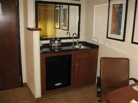 Bar With Sink And Refrigerator Business Center Picture Of Hyatt Place Fort Worth