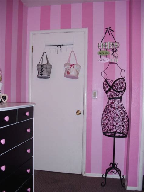 pink and black paris themed bedroom paris themed kids room pink paris a pink paris themed