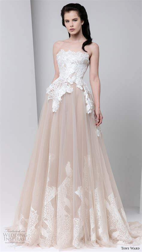 Evening Dress Wedding by Tony Ward Fall 2016 Ready To Wear Dresses Wedding Inspirasi