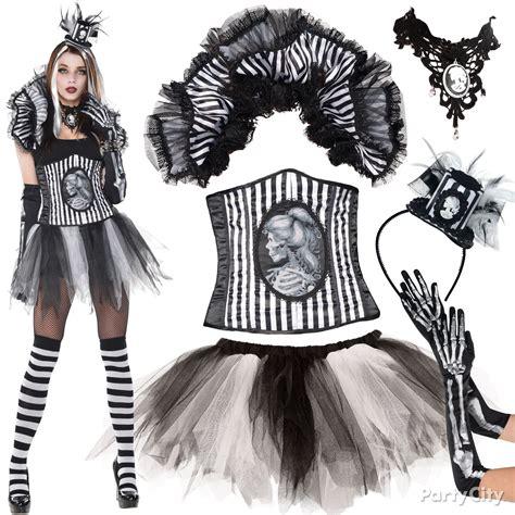 be skeletal chic corset tutu collar glam