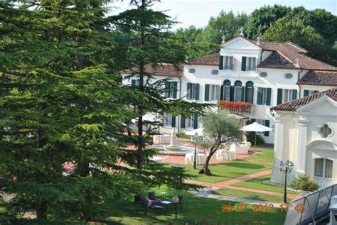park hotel villa fiorita monastier il parco visto dall interno picture of park hotel villa