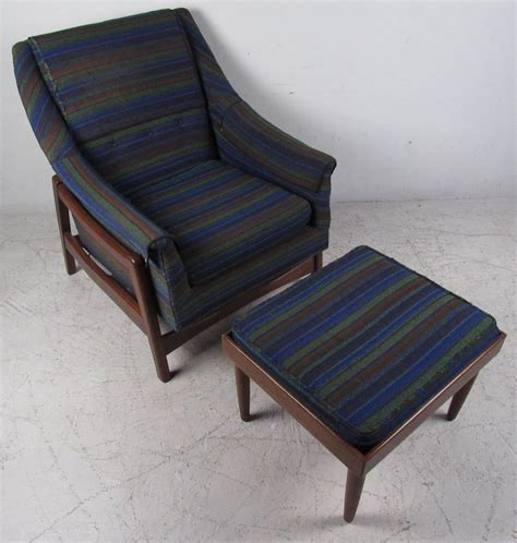 Paoli Chair by Vintage Midcentury Rocker By Paoli Chair Co For Sale At