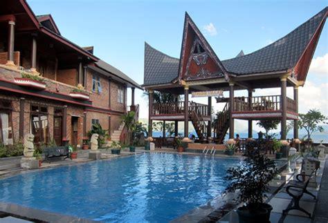 samosir villa resort penginapan di pinggir danau toba
