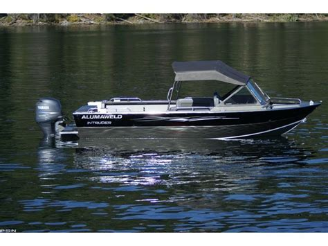 alumaweld boat models research 2011 alumaweld boats intruder outboard 22 on