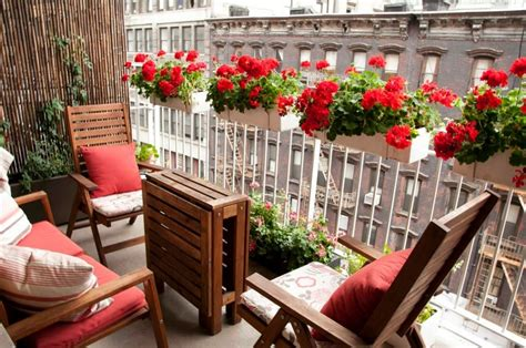Apartment Balcony Planters by Discover And Save Creative Ideas