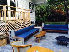 Cinder Block Patio Furniture by Diy Cinder Block Cement Sectional Sofa With Wood Beams On