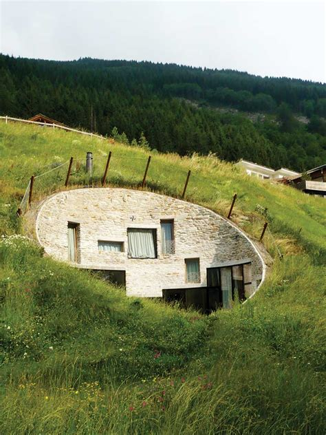 the underground house