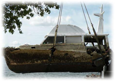 boat salvage yard fort lauderdale towboatu s fort lauderdale derelict boat salvaged in