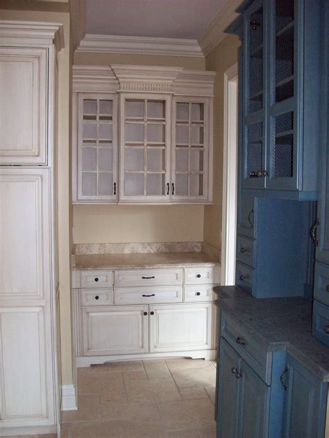 custom  butlers pantry  woodworking unlimited