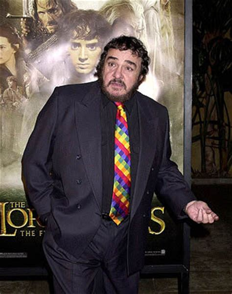 actor gimli height john rhys davies is actually the tallest actor in the