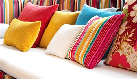 How To Clean Silk Pillows by Cleaning Decorative Pillows A Task Worth Fighting For