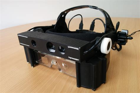 Holder Mobil Univ 2 Frame M Sahmou2fms 5 amazing gadgets that are helping the blind see again digital trends