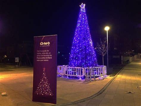 arboles de navidad exteriores alquiler de 225 rboles de navidad de 7 metros para exteriores