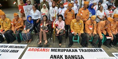 Tanda Jasa Seroja Timor Timor Ntt beredar surat janda pahlawan kembalikan tanda jasa ke jokowi merdeka