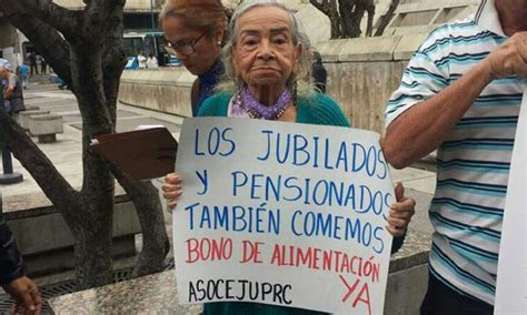 cesta ticket o bono alimentario para los pensionados y jubilados pensionados y jubilados protestan para exigir bono de