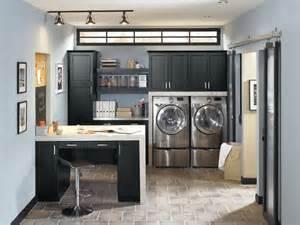 masterbrand kitchen cabinets kitchen craft lexington black cabinets traditional
