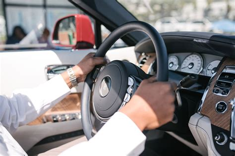 rolls royce steering wheel 2016 rolls royce dawn first drive review motor trend