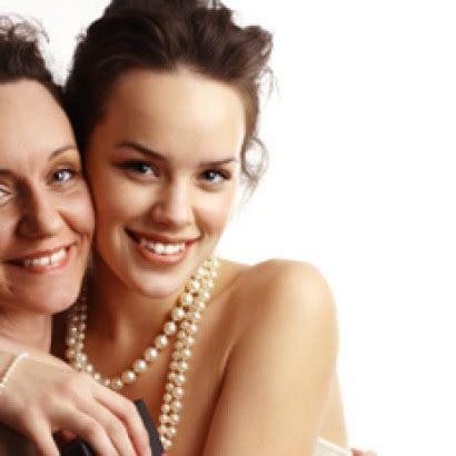 top 10 dating askmen askmen mens online magazine top 10 hot sitcom moms askmen male models picture