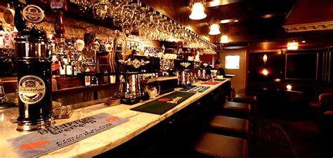 beer house town crier pub halfway beer house 115 john street toronto grange park
