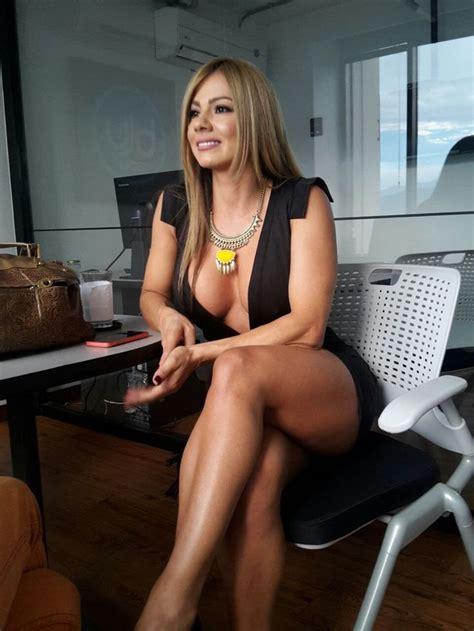 Legs For A by Las Cinco Actrices Latinoamericanas M 225 S Bonitas