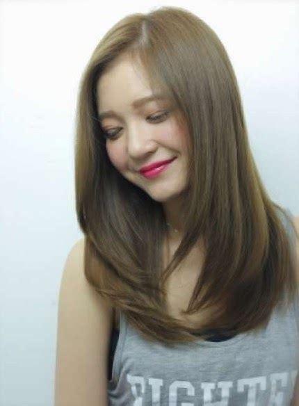 rambut layer sebahu model rambut pendek sebahu  poni