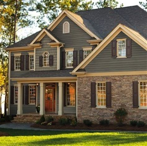 houses with different color siding 25 best ideas about house siding on pinterest home exterior colors curb appeal and
