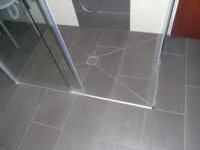 ablauf dusche bodengleich bodengleiche dusche 100x100 cm befliesbar f 252 r