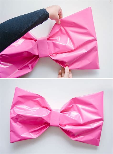 Bows Out Of Wrapping Paper - best 25 bow ideas on gift bow paper