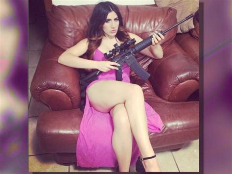 imagenes mujeres narcos mundo narco mujeres www pixshark com images galleries