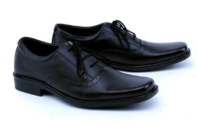 Sepatu 2 Leather Up Original 4 model sepatu pantofel bertali pria terbaru branded 2017 083870688184 jual sepatu casual pria