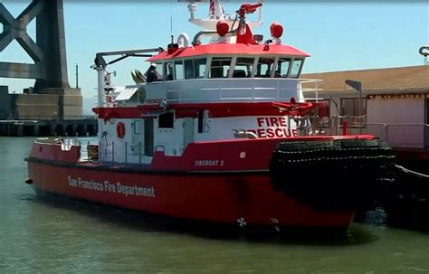 boat house san francisco new fire boat joins san francisco s department 171 cbs san