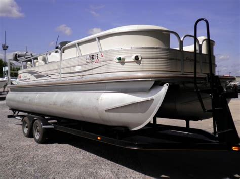pontoon boats for sale new orleans 2006 suntracker pontoon for sale in new orleans