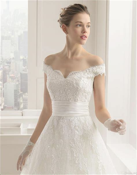 The Shoulder Wedding Dress by Wedding Dress Neckline Everything You Wanted To