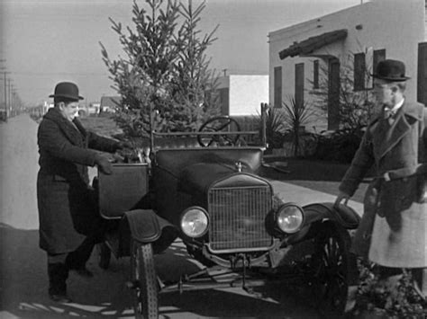 oliver hardy and stan laurel in big business 1929