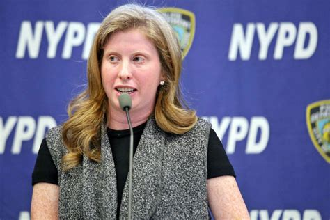 tisch nypd nypd to replace 36 000 windows phones with iphones by year
