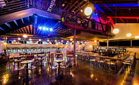 top 10 bars in philly top places to eat near the south philadelphia sports