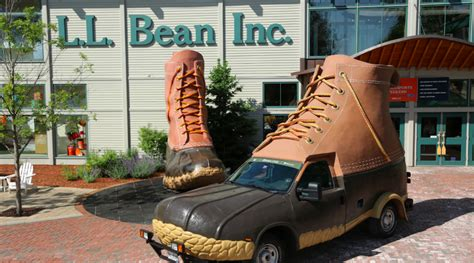 l l bean reports flat sales for 2016 sgb